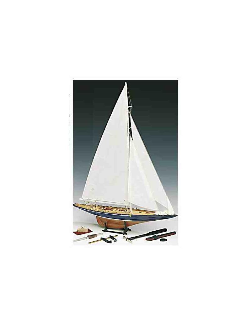 Barco Estático de Época en Madera, endeAVOUR 1:80 - COPA AMERICA (con utensilios), fabricante Amati